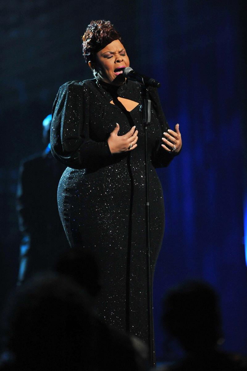 Tamela Mann Releases Live Performance Music Video Of Her 1 Single Take Me To The King Path Megazine