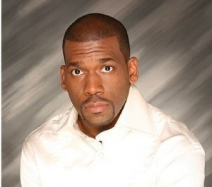 """Pastor Jamal Bryant Responds to Outrage After Saying """"These Hoes Aint Loyal"""" in Sermon"""