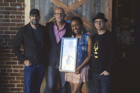 """Jamie Grace's """"Hold Me (feat. TobyMac)"""" Receives RIAA Gold Certification with 500,000 Singles Sold"""