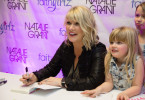 natalie-grant-signing