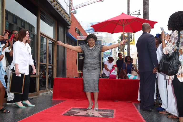 shirley-caesar-walk-of-fame-768x512