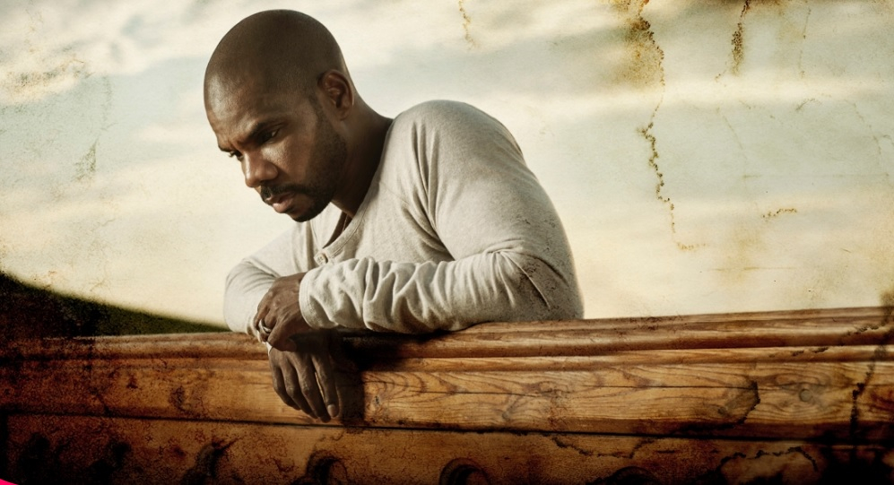"""Kirk Franklin Releases New Lyric Video for Single """"My World Needs You"""""""
