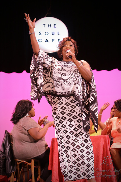Loretta Devine - Credit DiamondDust Photo