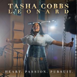 Tasha_Cobbs_leonard2017