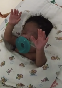 JJ Hairston, Kirk Franklin & Others Talk to Mother of Pre-Mature Baby that Lifted Her Hands in Worship on Viral Video